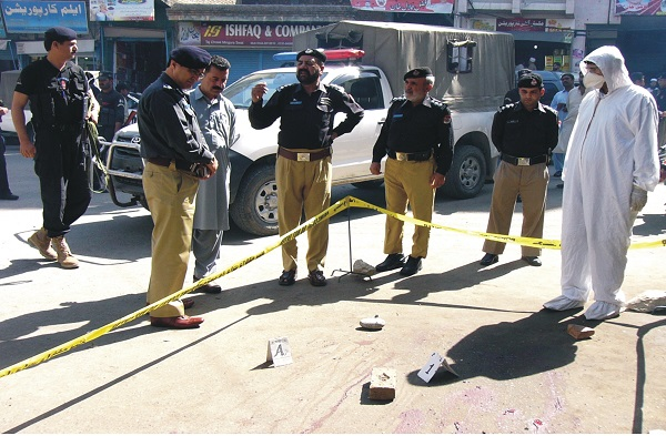 نامعلوم گولیوں کا نشانہ بننے والے شہید پولیس اہلکار کی تصویریں