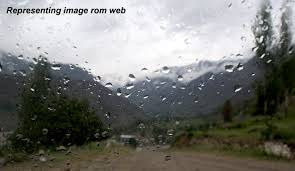 مینگورہ شہر میں ہلکی بارش سے موسم خوشگوار