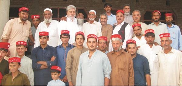 وقار احمد خان موزوں امیدوار، کو زاباخیلہ میں سیاسی جماعتوں کو دھچکے لگ گئے