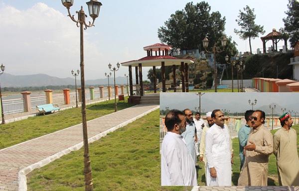 تحریک انصاف سیاحت کے فروغ کیلئے بھر پور کام کررہی ہے، فضل حکیم