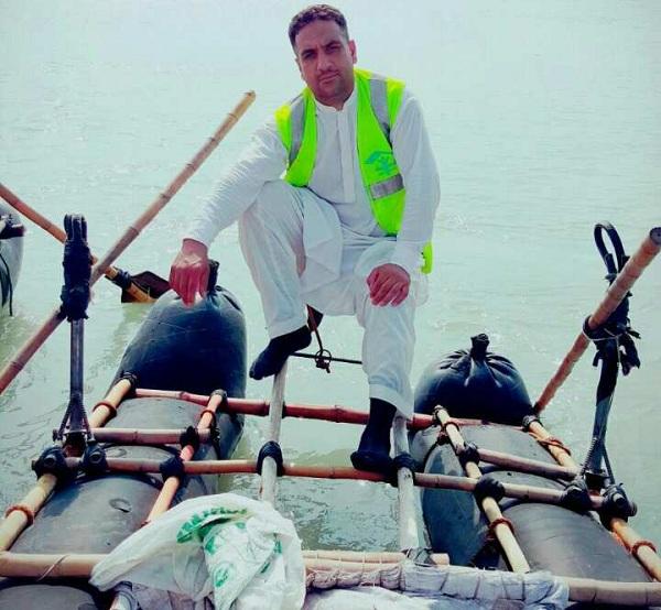 سوات کا وہ باہمت جوان جو دریائے سوات کی تند وتیز لہروں میں ڈوبنے والوں کو نکالتا ہے