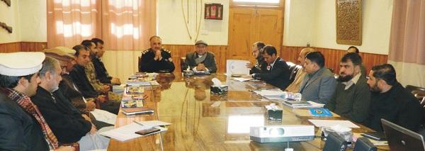ڈی ائی جی اور کمشنر مالاکنڈ کی سربراہی میں اہم اجلاس،رکشوں کیلئے پالیسی تیار