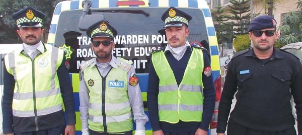 پولیس ڈرائیونگ سکول کانجو سوات میں 33 اہلکاروں کا پہلا کورس کامیابی سے اپنے اختتام پذیر