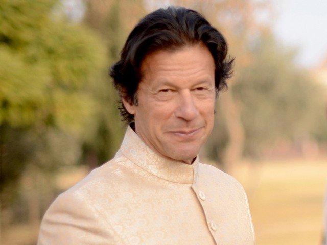 شہباز شریف کے منہ سے آرمی چیف کی تعریف نوکری کی درخواست ہے، عمران خان