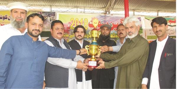 کبل، یوسی سپورٹس مقابلے، دیولئی کی پہلی پوزیشن