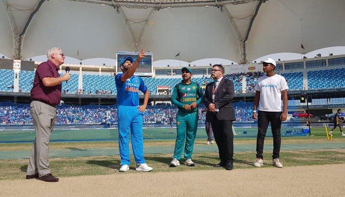 ایشیا کپ: پاکستان کا بھارت کے خلاف ٹاس جیت کر بیٹنگ کا فیصلہ