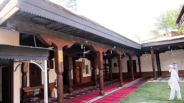 قدیم مسجد کی ازسرنو تعمیر