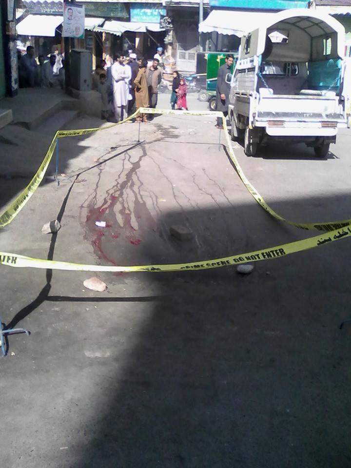چلتی موٹر کار پراندھادھند فائرنگ، چار افراد شدید زخمی