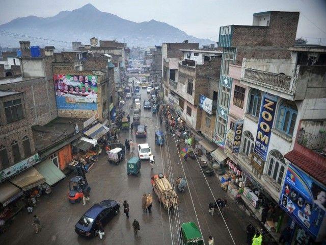 مینگورہ شہر سمیت دیگر علاقوں میں تیز بارش ، موسم خوشگوار