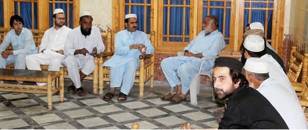 Govt Officers Help the people in Ramadan said Fazal Hakeem