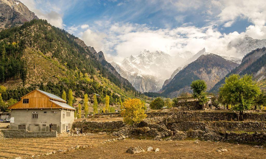 حسین وادی سوات میں سیاحت کو فروغ دینا وقت کا تقاضہ