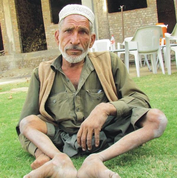 سوات، طاہر اباد میں فالج کے مریض سے بیوی بچے اغواء