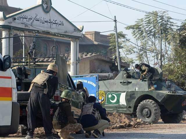 آرمی پبلک سکول کے بعد پشاور میں ایک اور خوفناک حملہ،کتنے شہید ہوئے ، کتنے دہشت گردوں کو ماردیا گیا، تفصیلات اگئیں