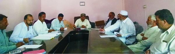 تحصیل کونسل کا اجلاس، حلقہ بندیوں، سڑکوں پر گرما گرم بحث