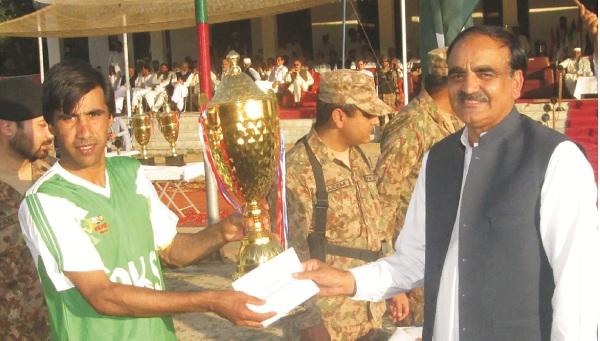 کبل، فٹ بال چیمپئن شپ اختتام پذیر، ٹرافی دلاور خان شہید فاتح