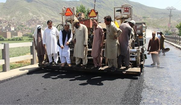 بائی پاس سڑک کی توسیع پر کام شروع، فضل حکیم نے ٹریفک پلان تیار کرلیا