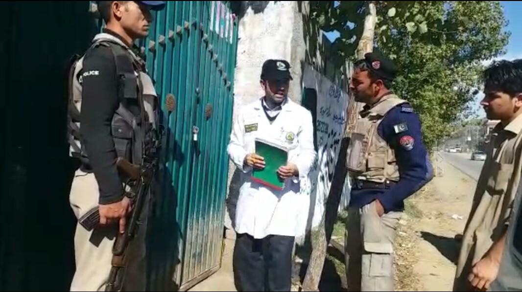 حلال فوڈ نے جعلی مشروبات اور مٹھائیاں بنانے والے فیکٹریاں پکڑ لی، کیاکچھ ملایا گیا ، افسوسناک
