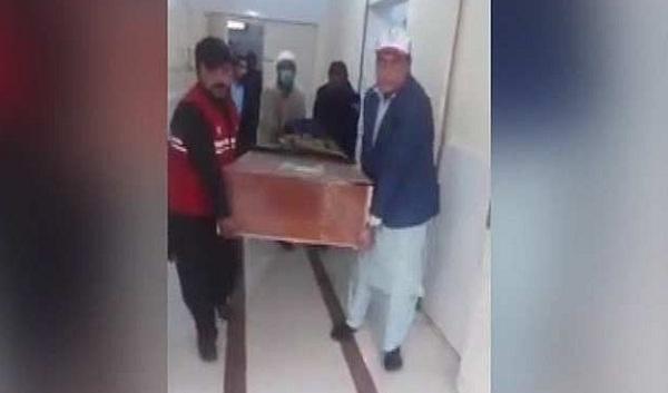 افغان حکام نے احتجاج کے بعد طاہر داوڑ کی لاش حوالے کردی، جسد خاکی کب پشاور پہنچے گی ، اعلان ہوگیا