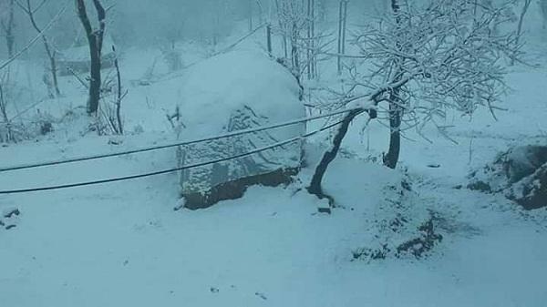 کیا آپ کو معلوم ہے کالام ،  مالم جبہ اور مہونڈمیں کتنی برف پڑی ، موسم کب صاف ہوگا؟تفصیلات جاری