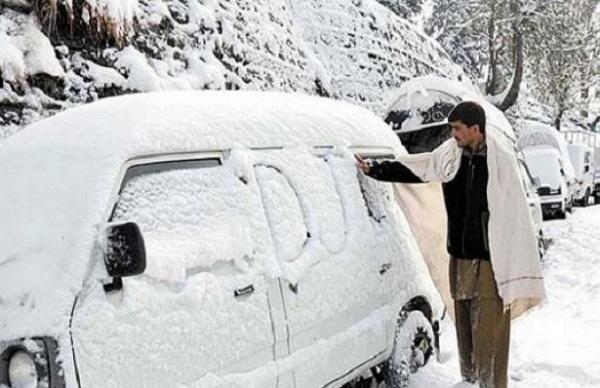 معمول سے زیادہ بارشیں، سردیوں کا دورانیہ اس بار پاکستان میں کتنا زیادہ طویل ہو گا، محکمہ موسمیات نے حیرت انگیز خبر سنا دی