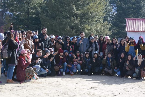 خواتین بھی کسی سے کم نہیں ،سوات میں خواتین کا ایڈونچر کیمپ