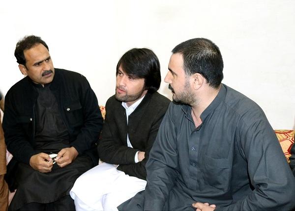 سعودی جیل میں قید سوات کا رہائشی گھر پہنچ گیا، مراد سعید اور عمران خان کیلئے اہم پیغام