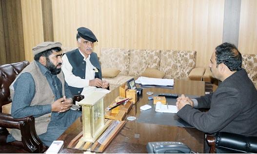 فضل حکیم نے فوت ہونے والے ملازمین کے ورثا کو بھرتی کرنے کا حکم جاری کردیا