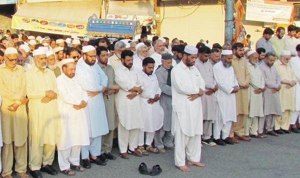 جماعت اسلامی کے زیر اہتمام نشاط چوک مینگورہ میں محمد مرسی کی غائبانہ نماز جنازہ ادا