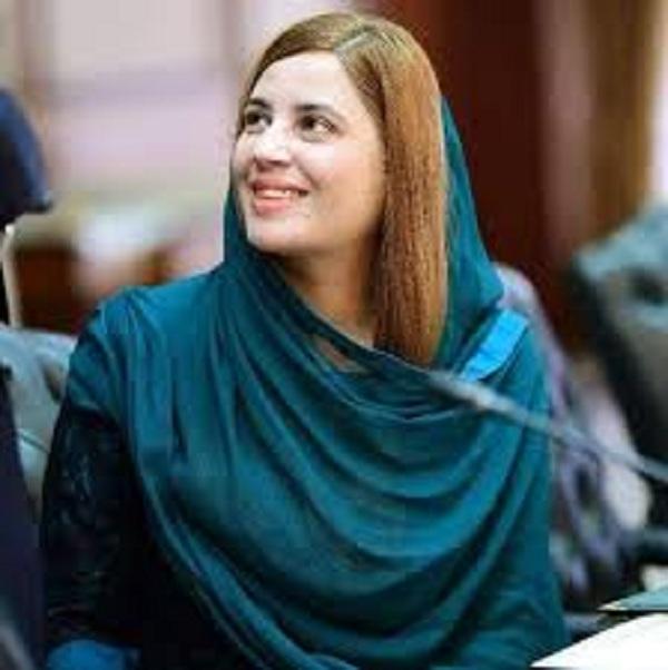 وزیر اعظم عمران خان نے زرتاج گل کی بہن کی ڈائریکٹر نیکٹا تعیناتی کے معاملے کا نوٹس لے لیا