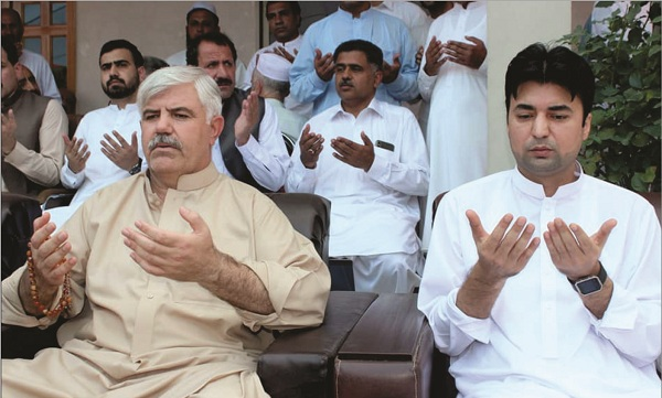 وزیراعلیٰ محمود خان کی والدہ ماجدہ کی وفات پر تعزیت کا سلسلہ جاری،سپیکر اور مراد سعید سمیت دیگر وزراء کی سوات امد