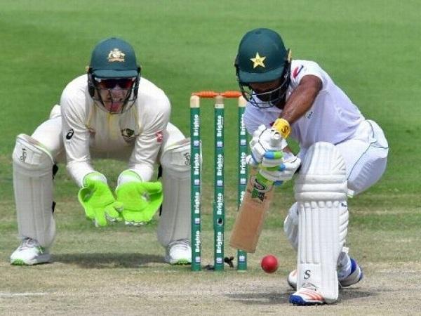 آسٹریلیا کے خلاف پہلے ٹیسٹ میں پاکستان کی پوری ٹیم 240 رنز پر ڈھیر
