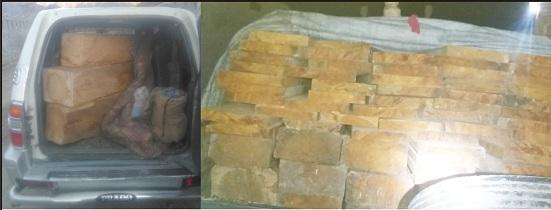 کبل میں رات کے وقت ٹمبر مافیا کی سمگلنگ، پولیس نے سلیپر سے بھری گاڑی پکڑلی
