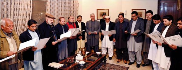 صحافیوں کے ساتھ کئے گئے وعدے جلد پورے ہوں گے،وزیراعلیٰ محمود خان