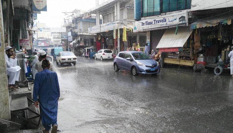 سوات،بارش سےندی نالے بھر گئے۔خواجہ آباد میں بند ٹوٹنے سے شہاب نگر ایک بار پھر زیِر آب