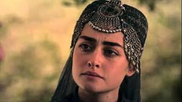 حلیمہ سلطان کو بھی پشاور زلمی کا حصہ بنانے پر غور جاوید آفریدی نےپاکستانیوں سے مشورہ مانگ لیا