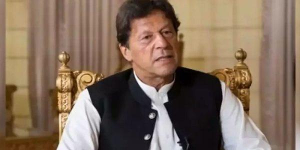 سینیٹ انتخابات ہائی جیک کرنے والے جمہوریت پردھبہ ہیں،عمران خان