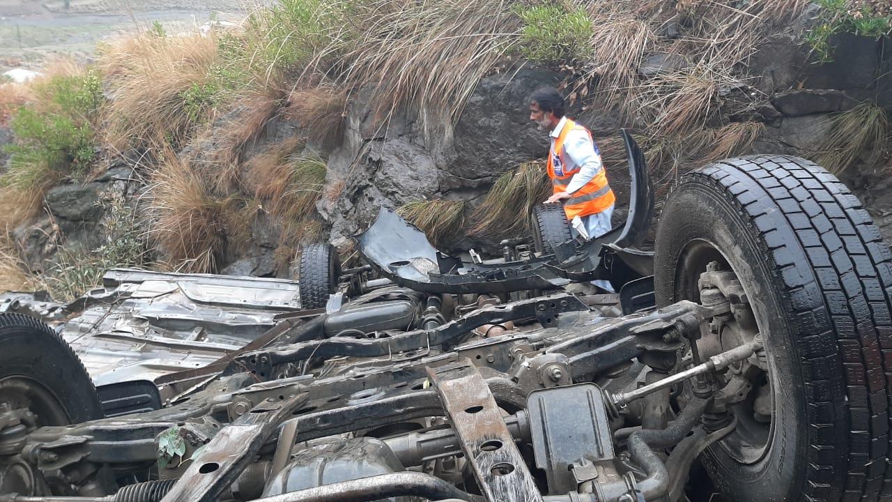 افسوسناک حادثہ، مالاکنڈ میں گاڑی کھائی میں گرنے سے تین افراد جاں بحق