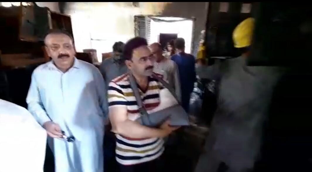 فضل حکیم خان یوسفزئی کا متاثرہ گرڈ سٹیشن کا دورہ، بحالی کے کام کا جائزہ