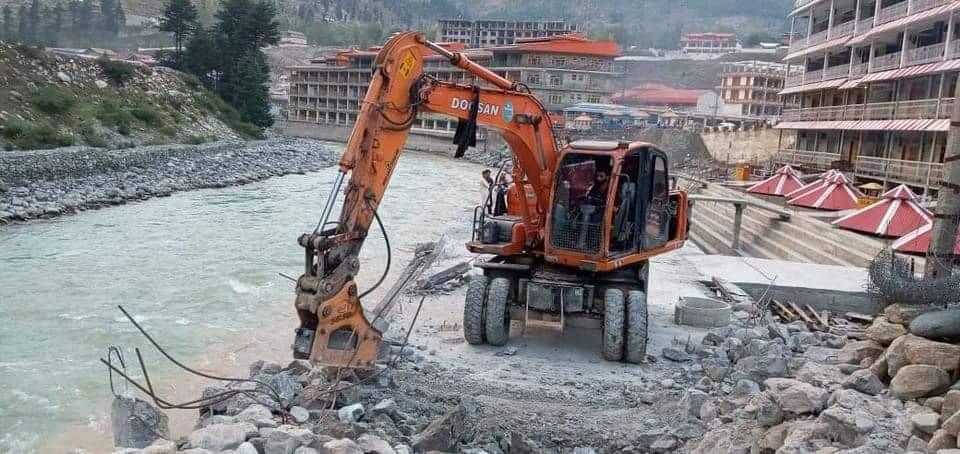 کالام،دریائے سوات کے کنارے تعمیراتی کام پر دفعہ 144 کے تحت پابندی عائد،اپریشن شروع